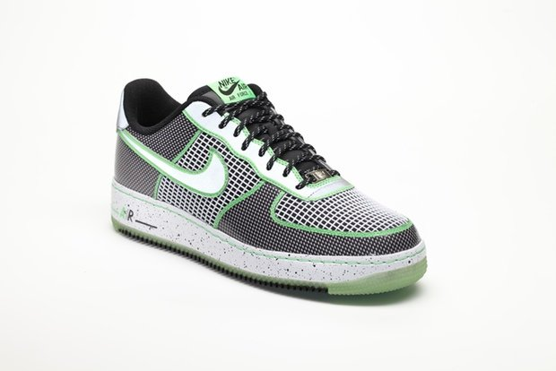 nike-unveils-2012-doernbecher-freestyle-collection-7