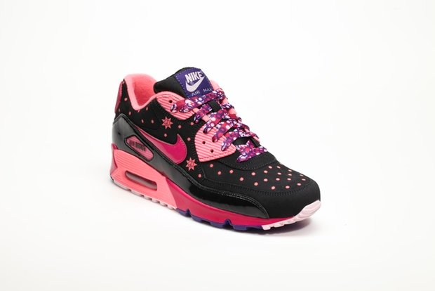 nike-unveils-2012-doernbecher-freestyle-collection-8