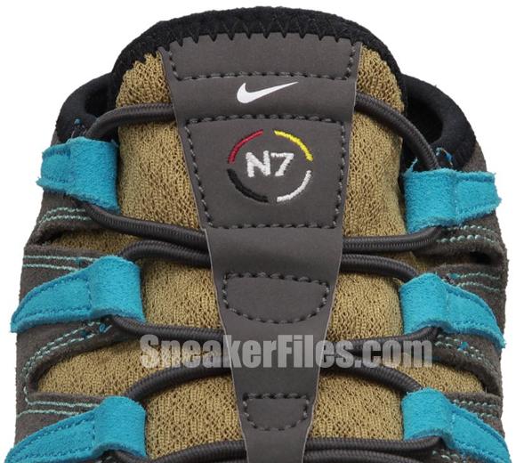 Nike Womens Free Forward Moc+ N7 Filbert/Filbert-Midnight Fog-Gym Red-Dark Turquoise-Calypso