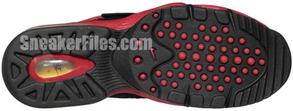 release-reminder-nike-air-max-express-black-metallic-gold-gym-red-white-2