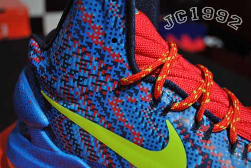 Nike KD V (5) 'Christmas' - New Images