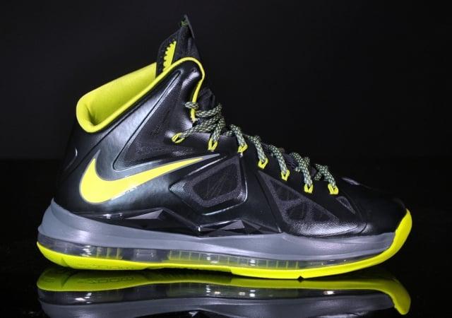 best sneakers 2b929 a2121 Nike LeBron X (10) 'Dunkman' at afew | SneakerFiles