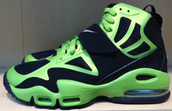 Release Reminder  Nike Air Max Express  Black Metallic Silver-Brilliant  Green- 90df31b4e2