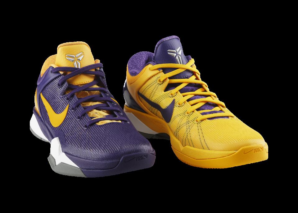 Release Reminder: Nike Zoom Kobe VII (7) 'Positive/Negative'