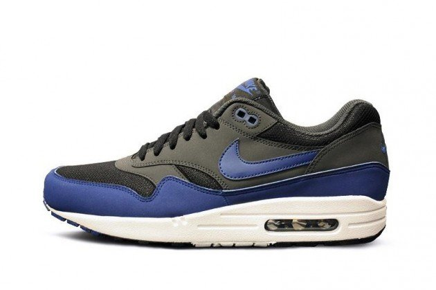 nike-air-max-1-grey-blue-holiday-2012-1