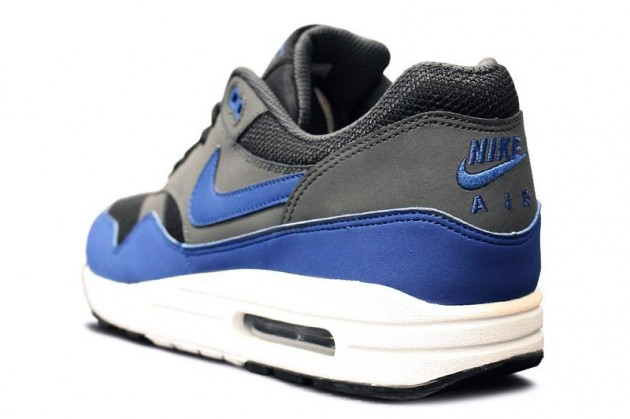 nike-air-max-1-grey-blue-holiday-2012-3