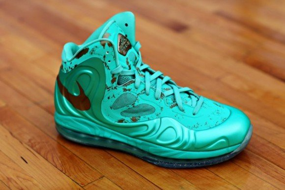 outlet store f0a1f fc94d nike-air-max-hyperposite-statue-of-liberty-release-