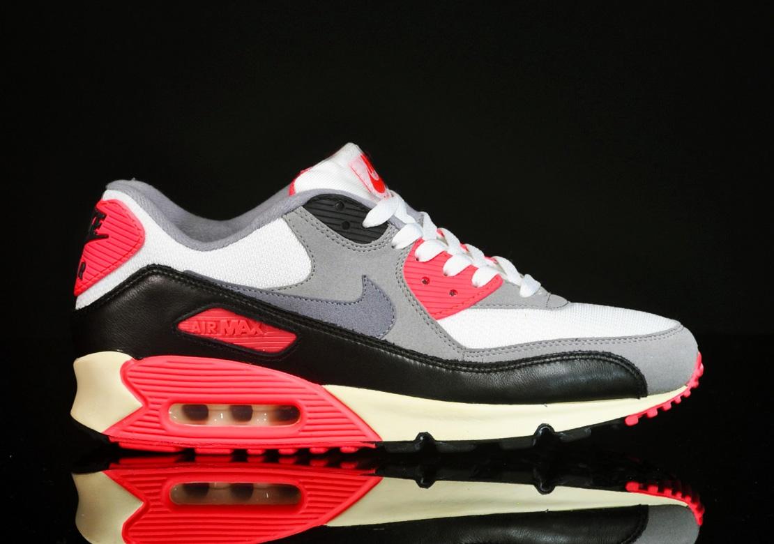 Nike Air Max 90 OG 'Infrared' at afew