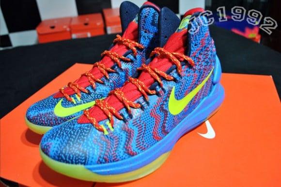 Nike KD V  5     Christmas        Release Date   InfoKd V Christmas On Feet