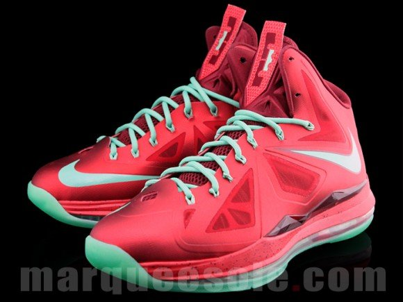 Nike LeBron X (10) 'Christmas' - Release Date + Info
