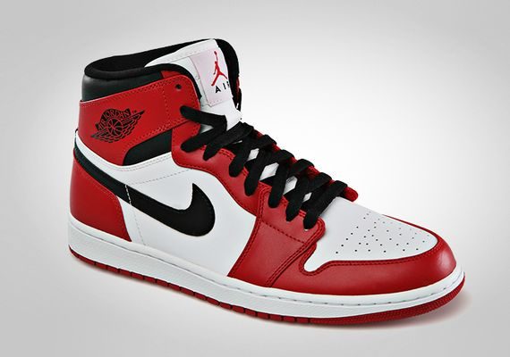 air-jordan-1-chicago-official-images-1