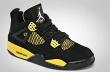 Air Jordan IV (4) 'Thunder' | Official Images