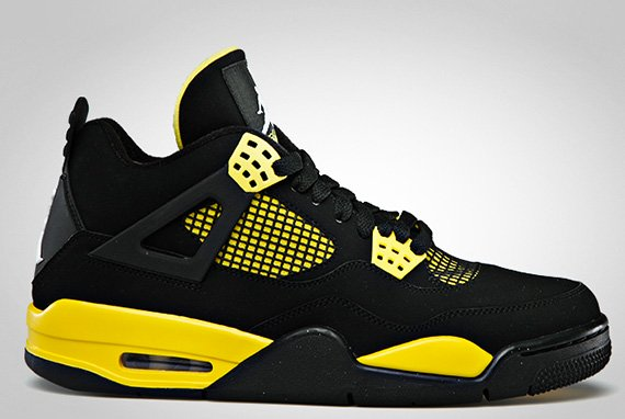 air-jordan-iv-4-thunder-official-images-2