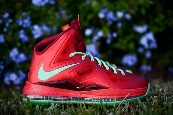 nike-basketball-christmas-pack-holiday-2012-2