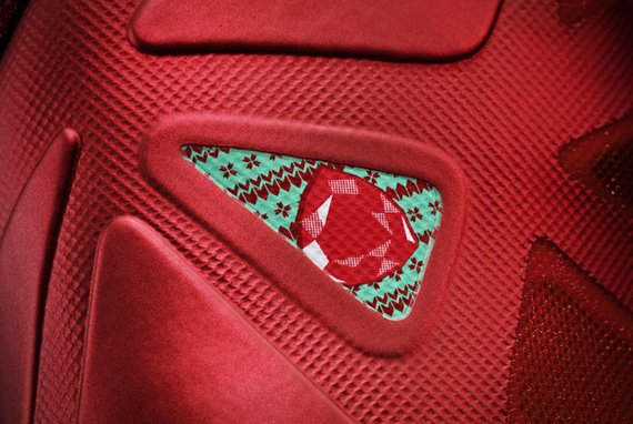 nike-basketball-christmas-pack-official-images-3