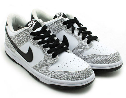 nike-dunk-low-gs-year-of-the-snake-white-black-2