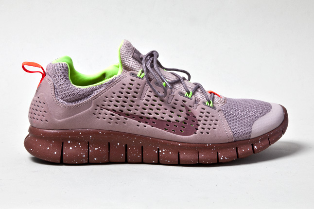 Nike Free Powerlines+ II  Diffused Taupe  7f9e6e680