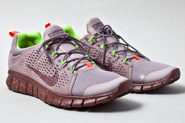 nike-free-powerlines-ii-diffused-taupe-2