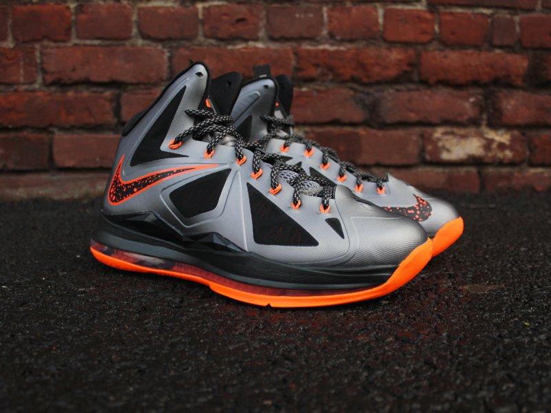 nike-lebron-x-10-charcoal-total-orange-black-2