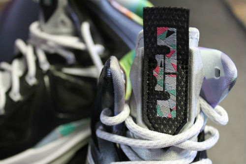 nike-lebron-x-10-prism-new-images-1