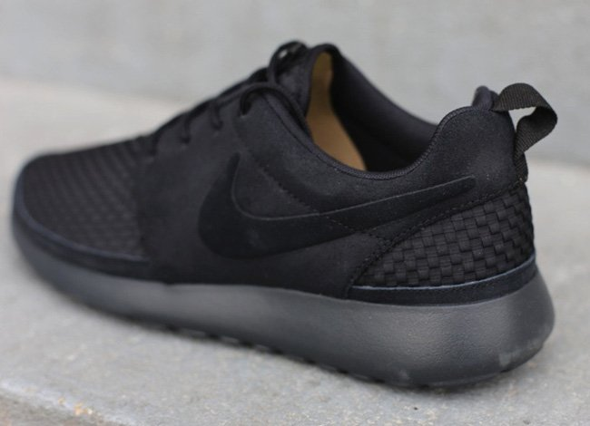 nike-roshe-run-woven-black-anthracite-volt-3
