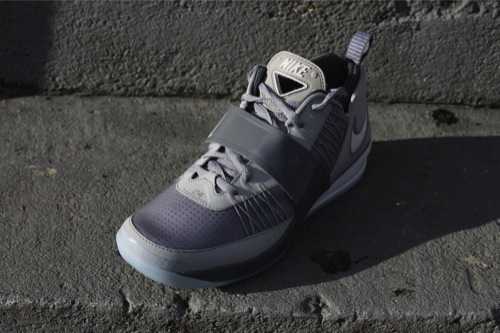 nike-zoom-revis-wolf-grey-2