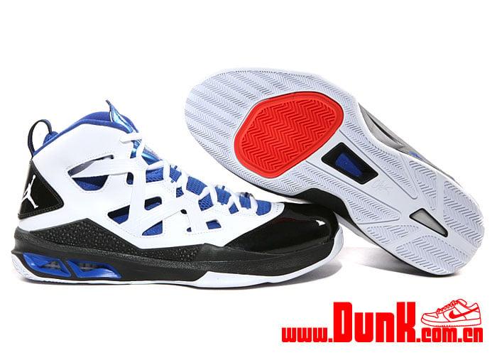 Jordan Melo M9 'White:White-Game Royal-Black'2