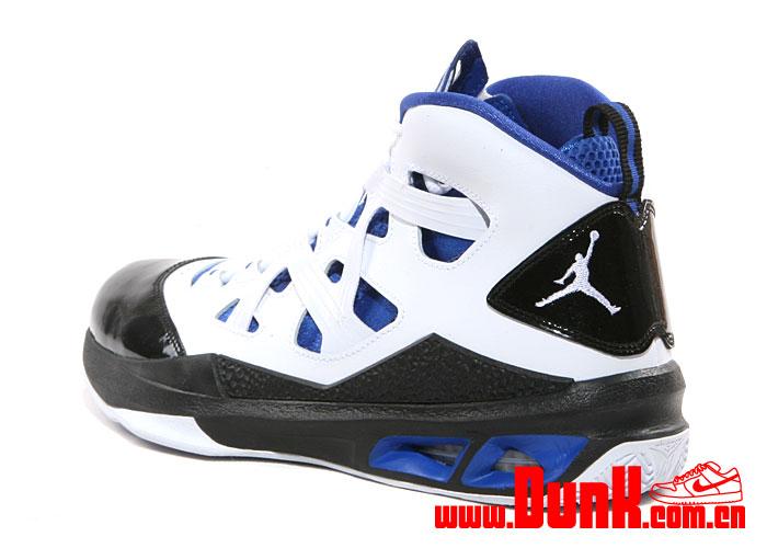 Jordan Melo M9 'White:White-Game Royal-Black'4
