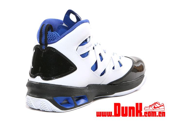 Jordan Melo M9 'White:White-Game Royal-Black'5