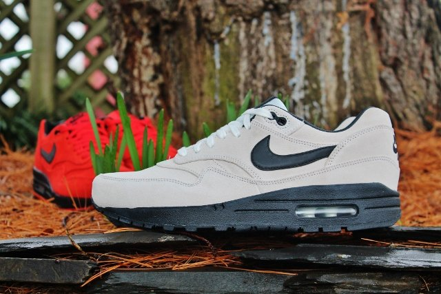 Nike Air Max 1 Premium 'Pimento' and 'Summit White' @ Social Status3
