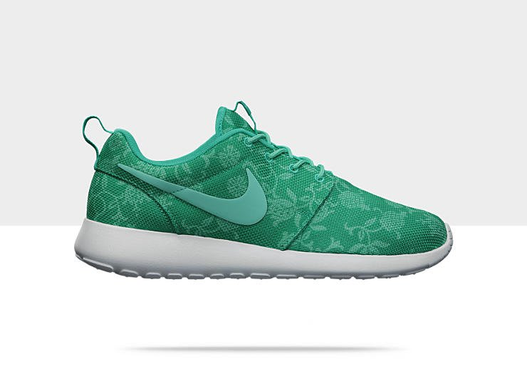 Nike-Roshe-Run-Graphic-Mens-Shoe-555445_330_A