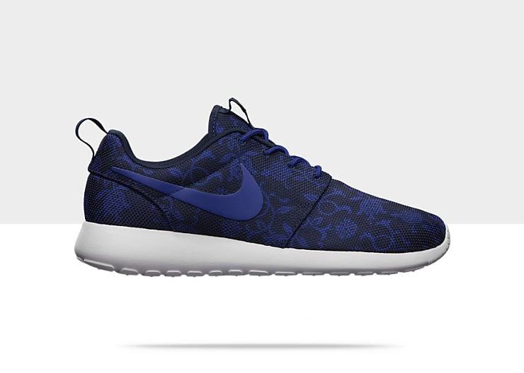 Nike-Roshe-Run-Graphic-Mens-Shoe-555445_440_A