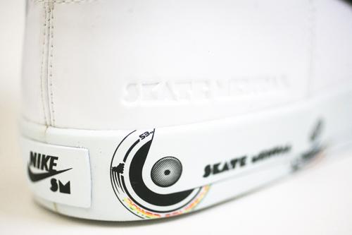 Skate Mental x Nike SB Dunk High LR 'Rollerblade'4