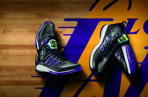 adidas-and-dwight-howard-launch-the-d-howard-light-basketball-shoe-3