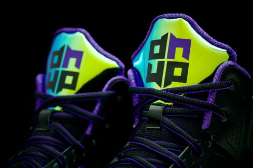 adidas-and-dwight-howard-launch-the-d-howard-light-basketball-shoe-5