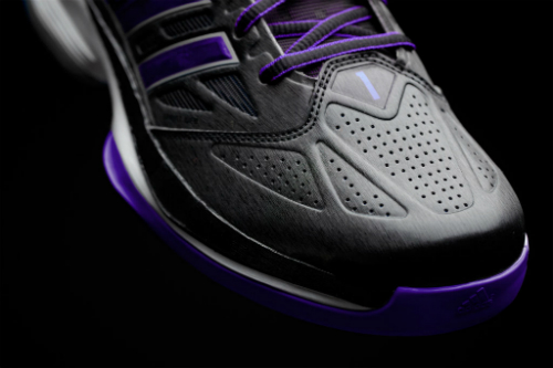 adidas-and-dwight-howard-launch-the-d-howard-light-basketball-shoe-6