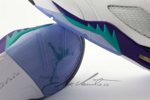 air-jordan-retro-v-5-grape-release-date-info-4