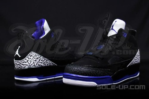 air-jordan-son-of-mars-low-gs-black-purple-4