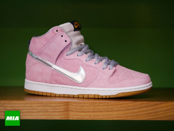 concepts-nike-sb-dunk-high-when-pigs-fly-releasing-at-additional-retailers-1