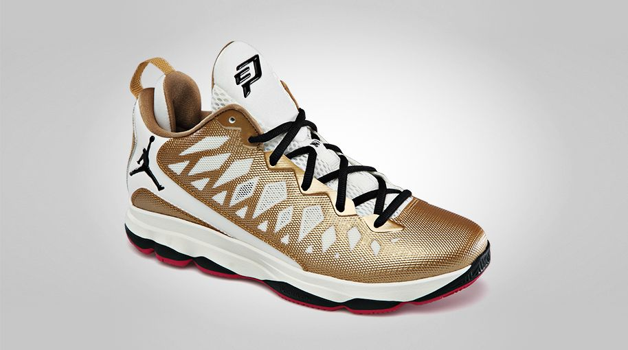 jordan-cp3.vi-metallic-gold-black-slate-sport-fuschia-2