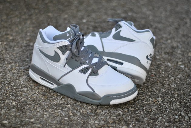nike-air-flight-89-white-grey-1