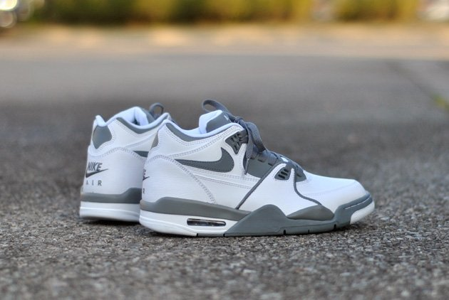 nike-air-flight-89-white-grey-2