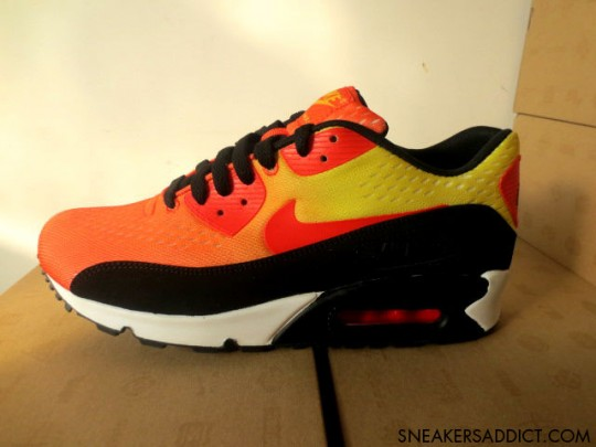 nike-air-max-90-em-sunset-pack-1