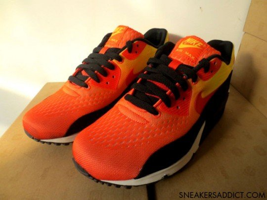 nike-air-max-90-em-sunset-pack-2