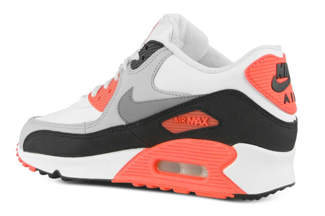 nike-air-max-90-gs-infrared-3