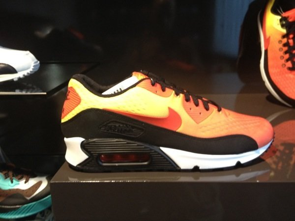 nike-air-max-em-sunrise-pack-3
