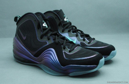 nike-air-penny-v-5-black-atomic-teal-purple-1