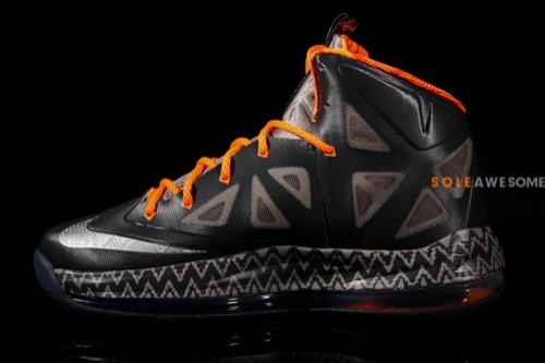nike-lebron-x-10-gs-black-history-month-3