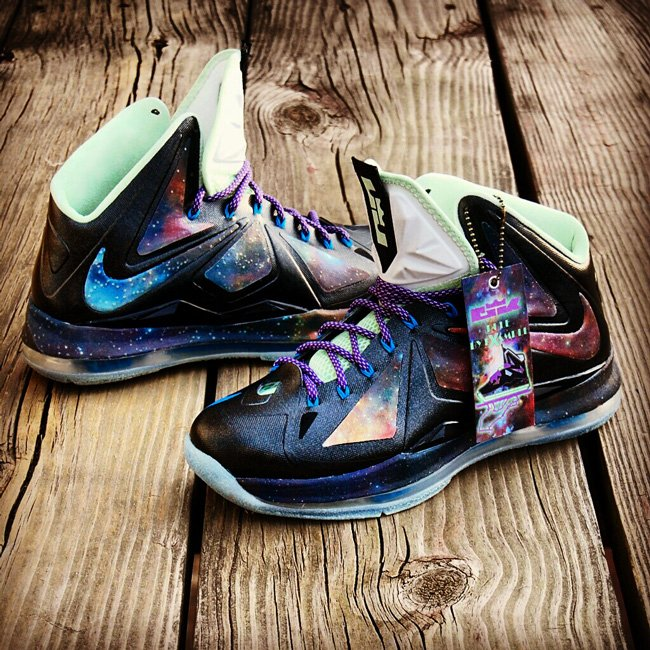 nike-lebron-x-10-king-of-galaxy-x-custom-2
