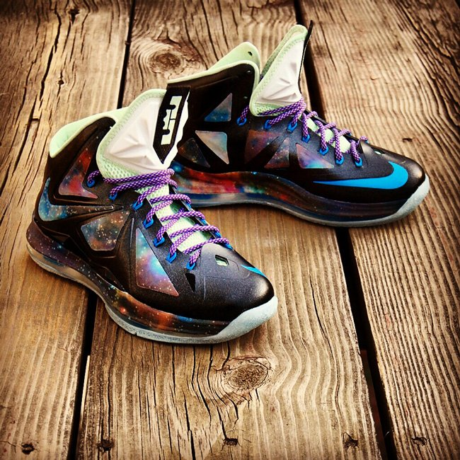 nike-lebron-x-10-king-of-galaxy-x-custom-4